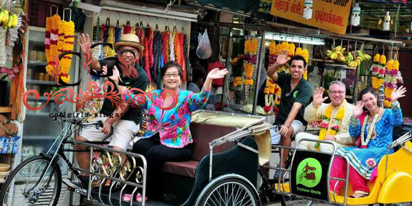 Singapore Chinatown Night Tour: Dinner, Trishaw & Boat Ride